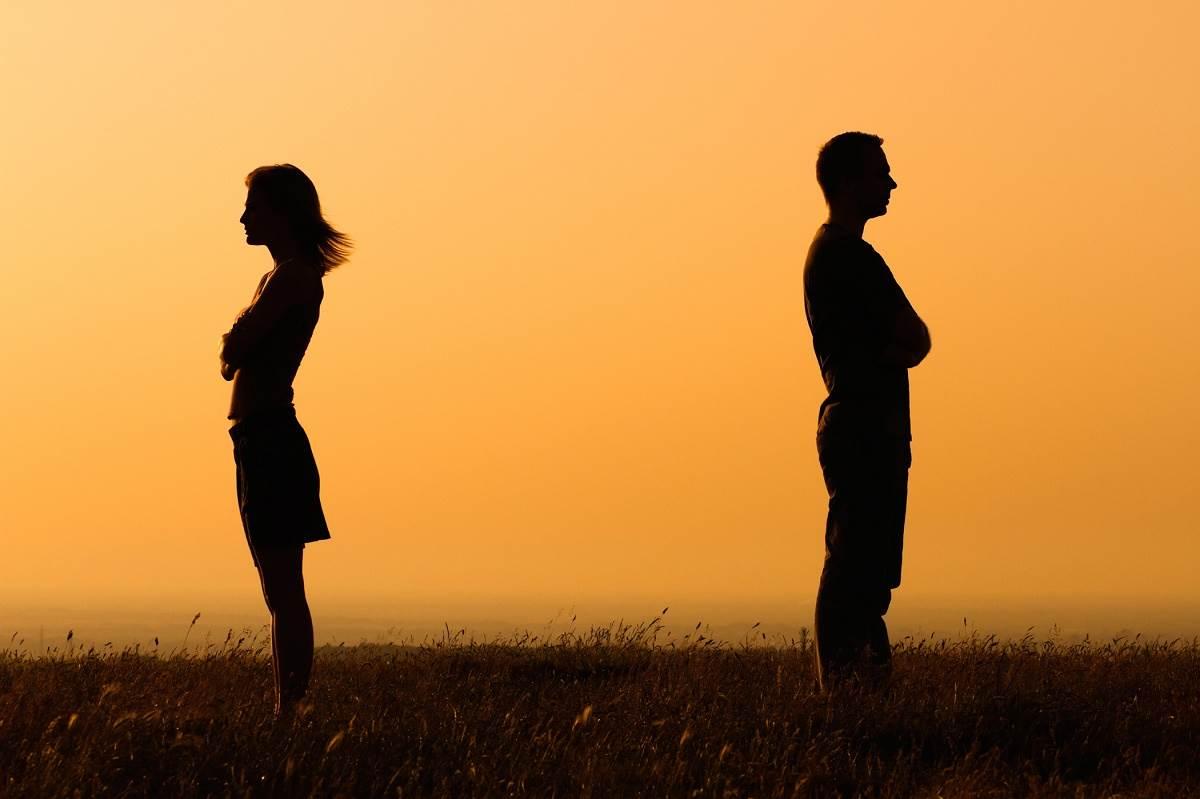İlişkinizin artık bitmesi gerektiğini gösteren işaretler